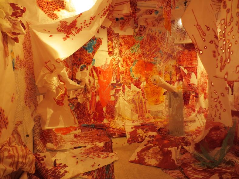 ■事前周到な調和を予定したものではなく──今田淳子展「心的消化のための、あるいは初めの花」_d0190217_19041907.jpg