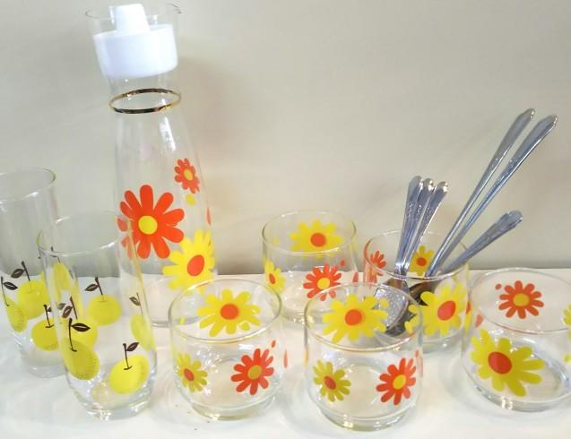 ポップな花柄グラスなど♪_e0199317_15322439.jpg