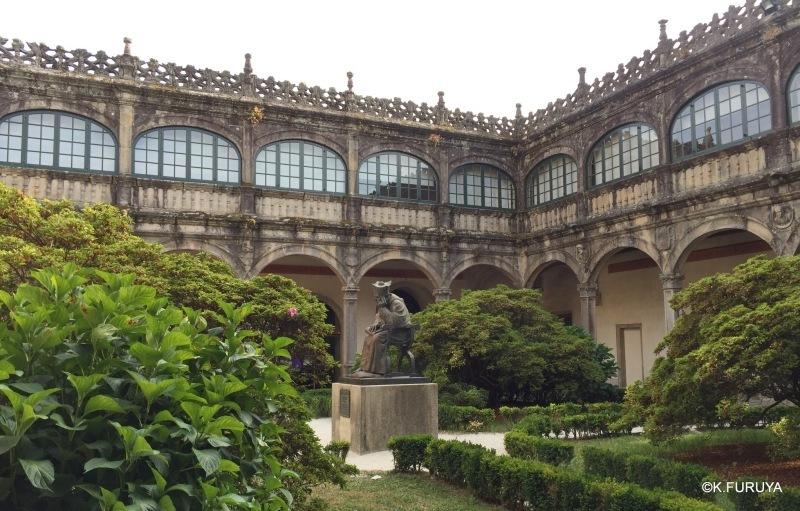 パラドール・デ・サンティアゴ・デ・コンポステーラ_a0092659_22293200.jpg