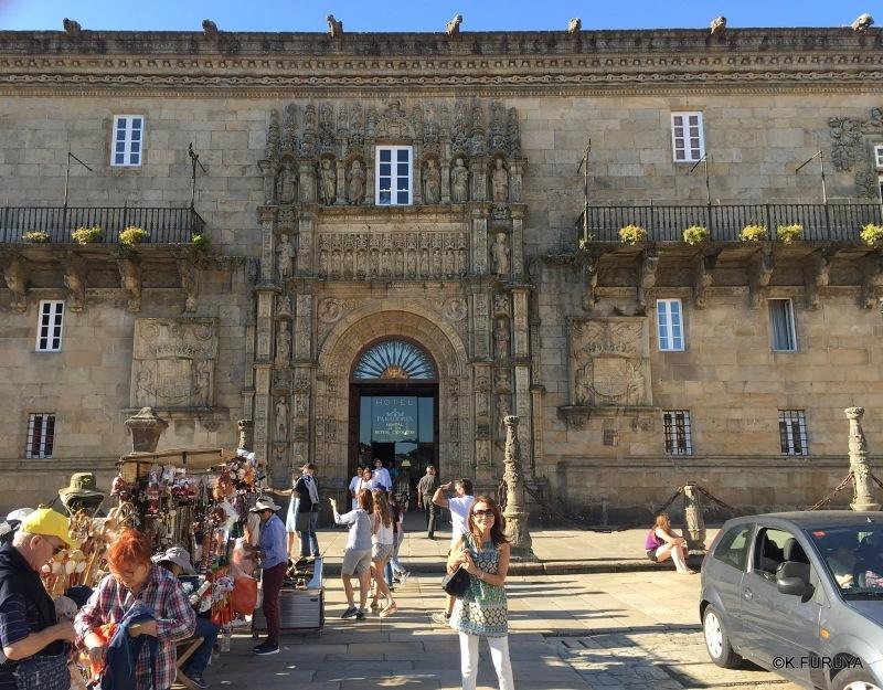 パラドール・デ・サンティアゴ・デ・コンポステーラ_a0092659_22301922.jpg