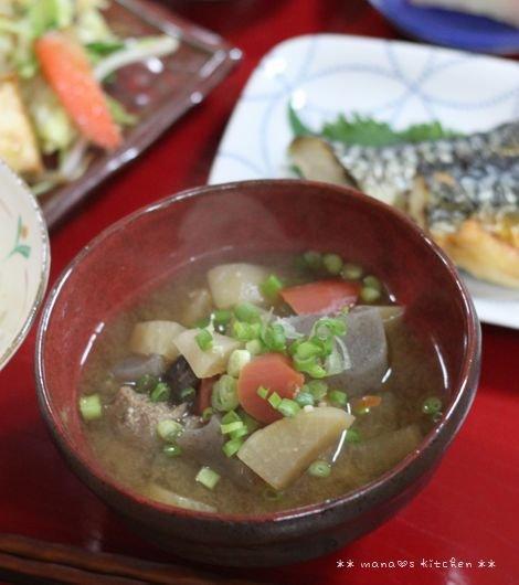 中華弁当 ✿ 具だくさん味噌汁(๑¯﹃¯๑)♪_c0139375_1126091.jpg