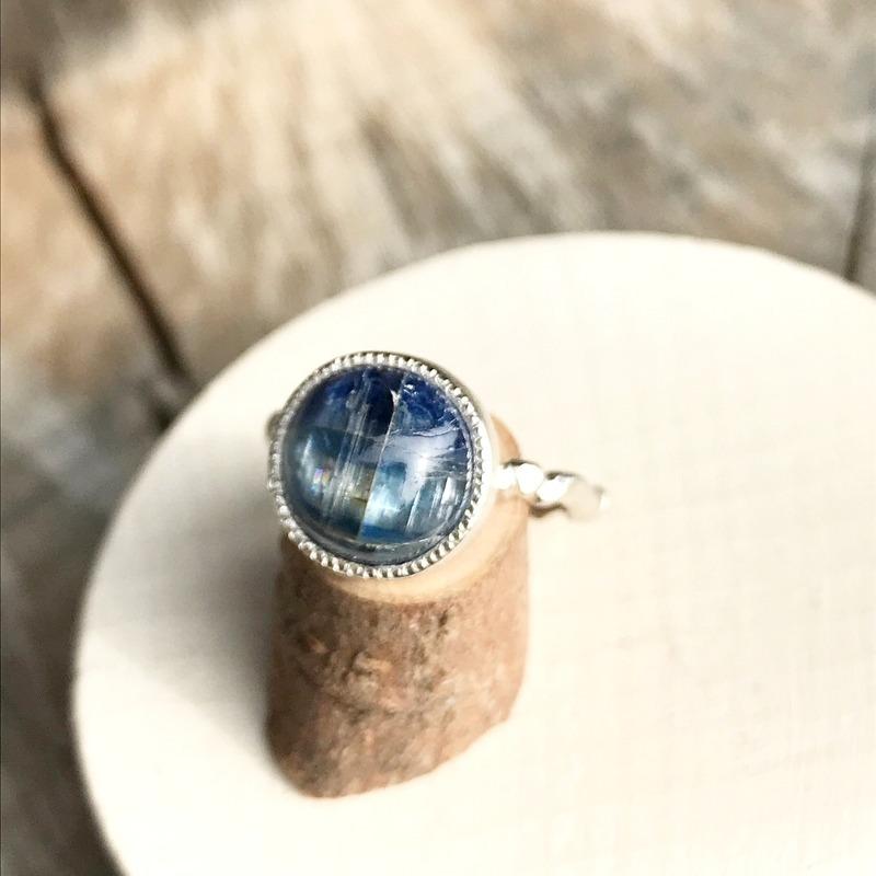 ホクトシチセイ  青い石の日_c0165589_22553395.jpg