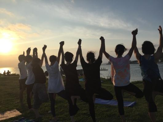 Beach mayu yoga2018! 今年もはじまりますよ〜〜♫_a0267845_14065829.jpg