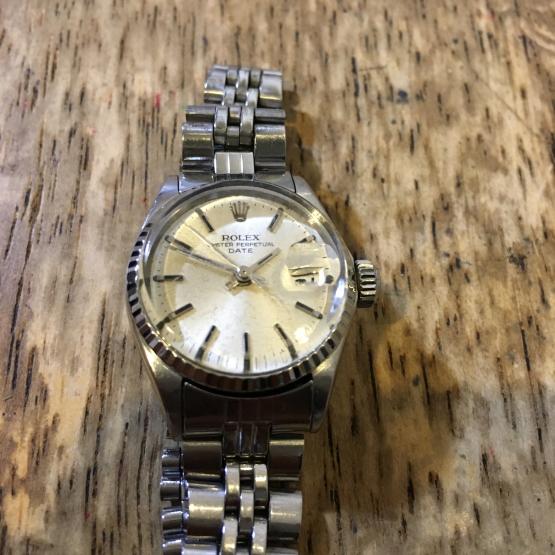 ロレックス オイスターデイト レディース腕時計の修理_b0167617_23530005.jpg