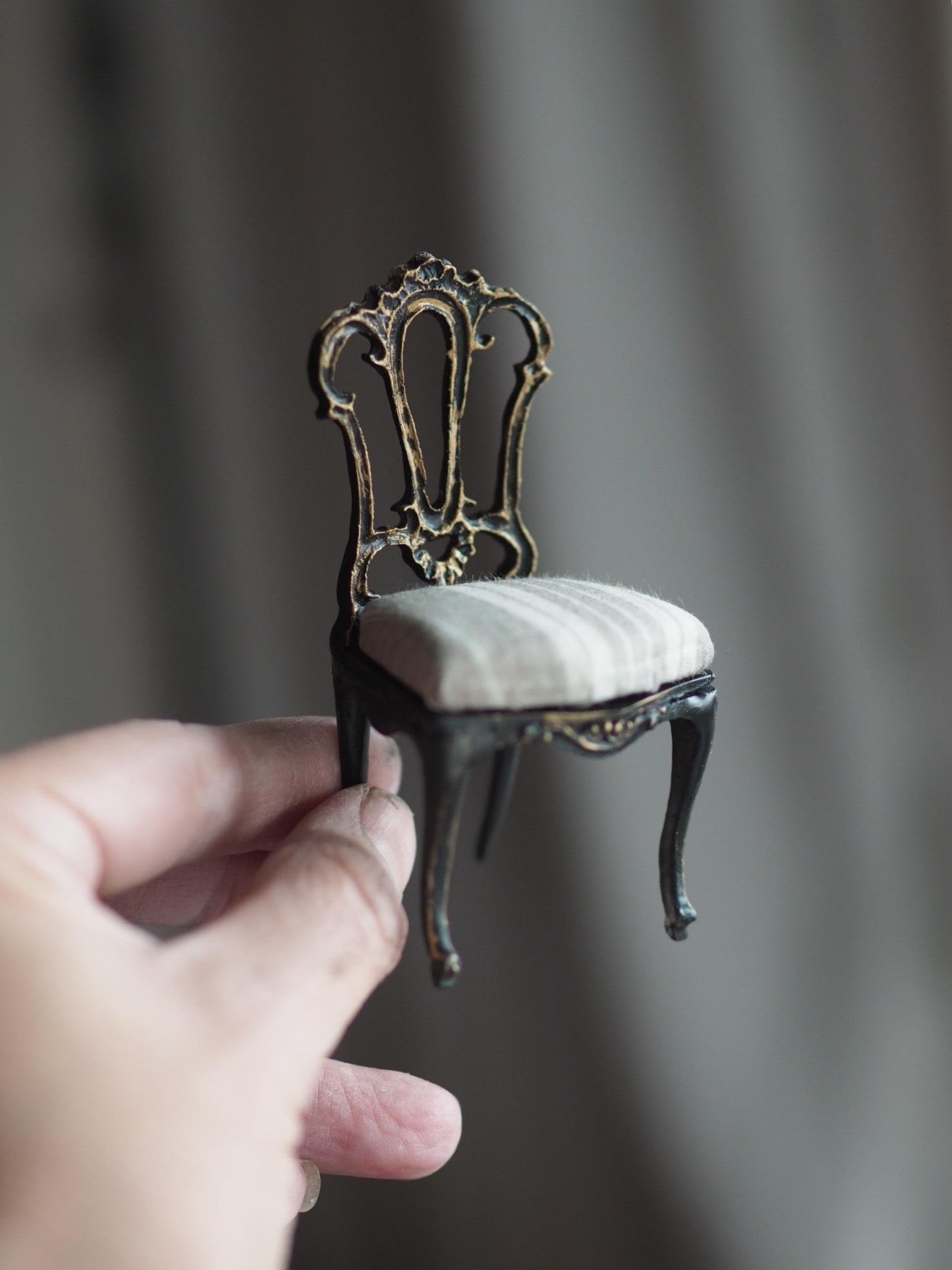 miniature*椅子_e0172847_09064198.jpeg