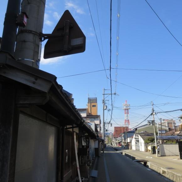 猫窓と金魚、そのまま 大和郡山市にて_c0001670_17015371.jpg
