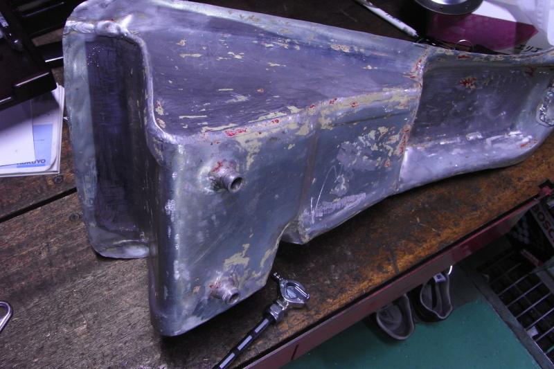 ducati TT1への道14 1型タンクがTT1ロングタンクに!「製作工程」_a0051924_19151723.jpg