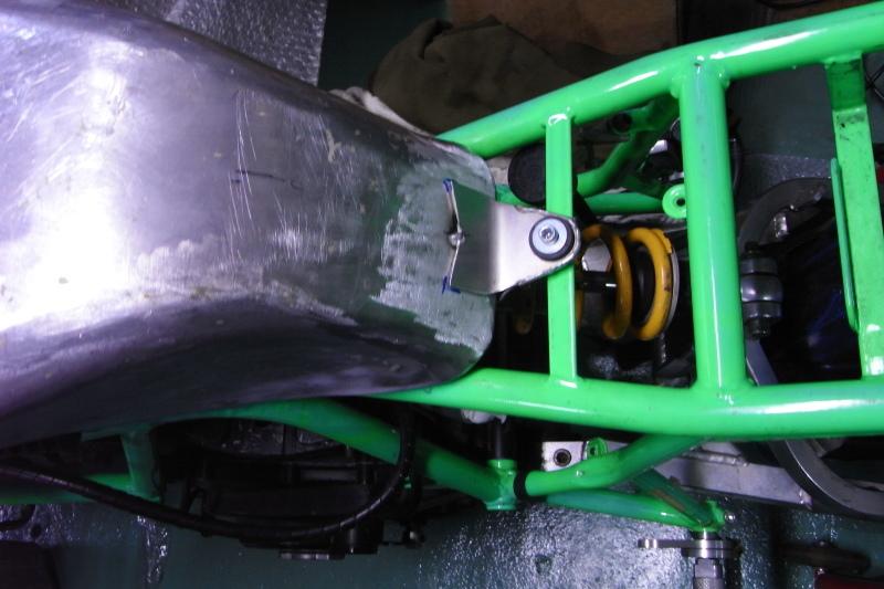 ducati TT1への道14 1型タンクがTT1ロングタンクに!「製作工程」_a0051924_19180007.jpg