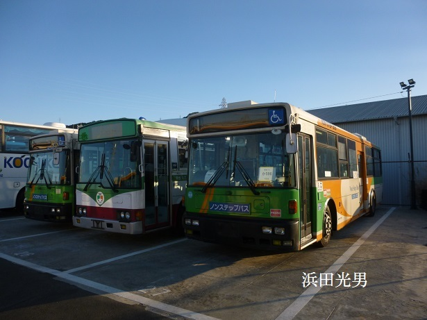 ○とさでん交通に東京都交通局のバス_f0111289_00130322.jpg