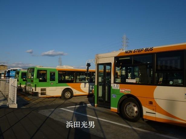 ○とさでん交通に東京都交通局のバス_f0111289_00133249.jpg