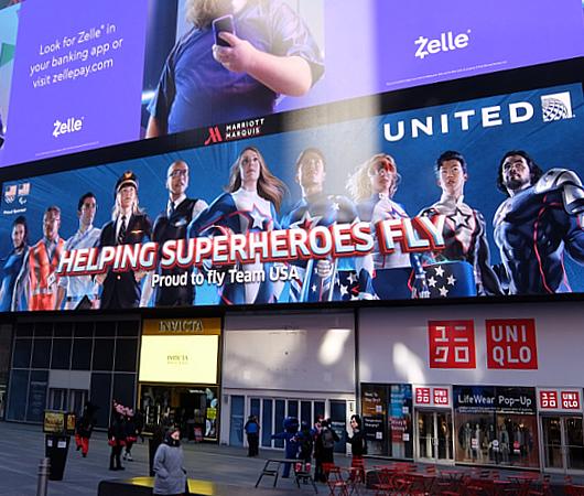 Helping Superheroes Fly(スーパーヒーローが飛ぶのを助ける)_b0007805_0391160.jpg