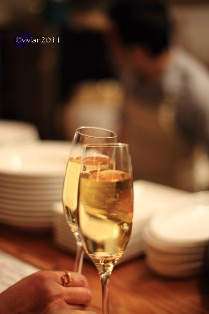 フレンチバル GOE ~ちょっと早めの時間に軽くお酒を~_e0227942_22105668.jpg