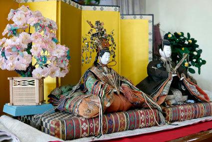 神湯館のお雛さまを見に行こう_b0145296_19590537.jpg