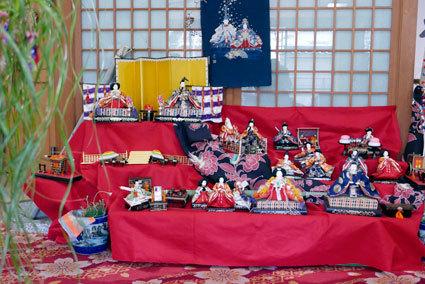神湯館のお雛さまを見に行こう_b0145296_19591232.jpg