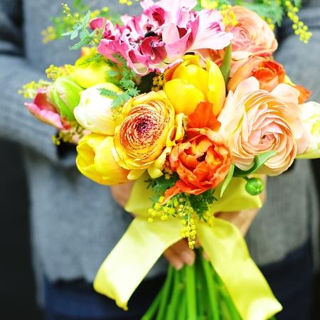 2月20日火曜13時~生花の春色クラッチブーケレッスン_a0042928_20432051.jpg