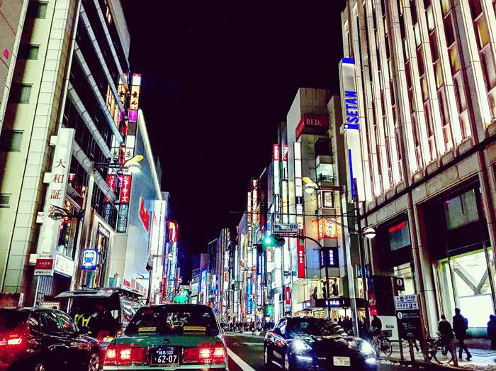 新宿区新宿 / iPhone 6_c0334533_23375234.jpg