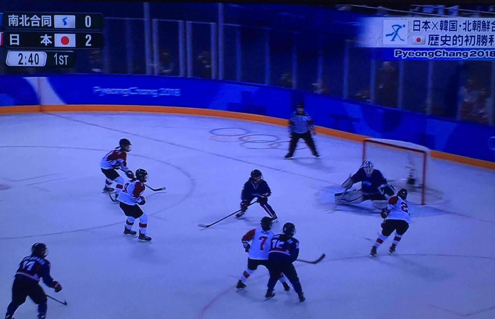 女子ホッケー北朝鮮選手のモチベーションは韓国選手より先に1点を取る事_b0017844_17143733.jpg
