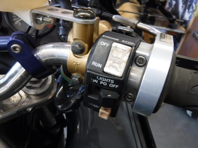 ZZR1100D ・・・冷却水漏れ。その7_a0163159_19341422.jpg