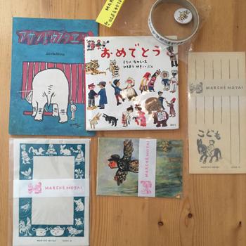 茂田井 武さんのポストカードや小さな絵本、便箋、テープなどが並びました。_a0251920_12063163.jpg