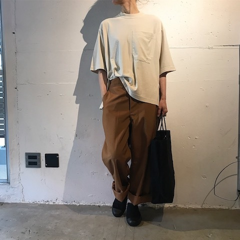 ブラウンのパンツ TUKI_d0364239_21403818.jpg