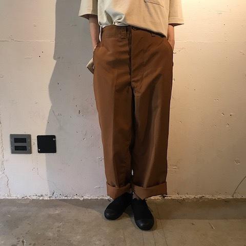 ブラウンのパンツ TUKI_d0364239_21592194.jpg