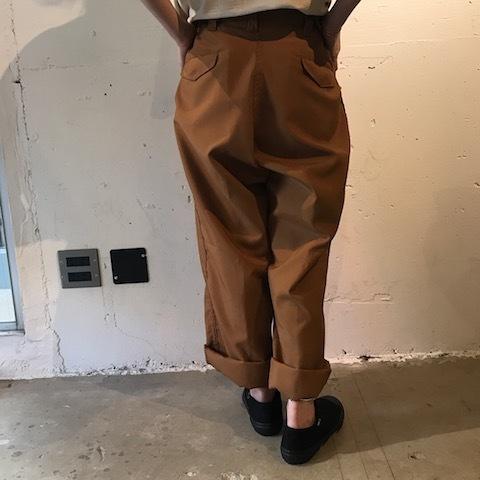 ブラウンのパンツ TUKI_d0364239_22011498.jpg