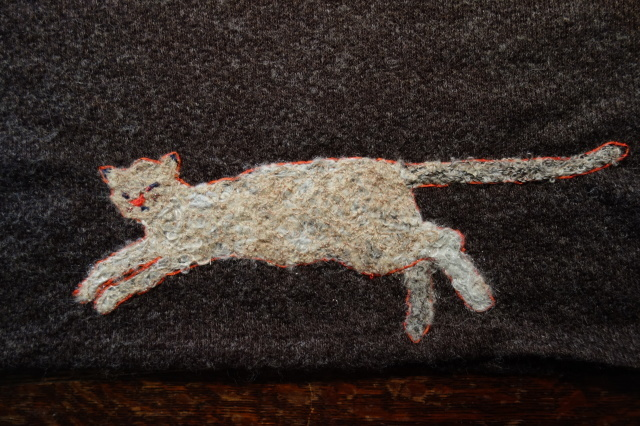 猫の刺繍_d0101846_07165861.jpeg