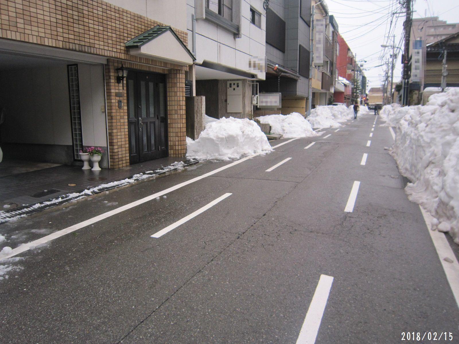 町内道路もすっきり☆ 春一番 も吹きました❀(2月20日追記あり)_a0207574_18505242.jpg