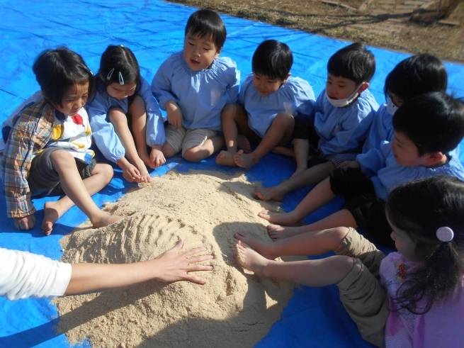 質の良い腐葉土を作る → 米ぬかボカシ_f0334882_18391094.jpg
