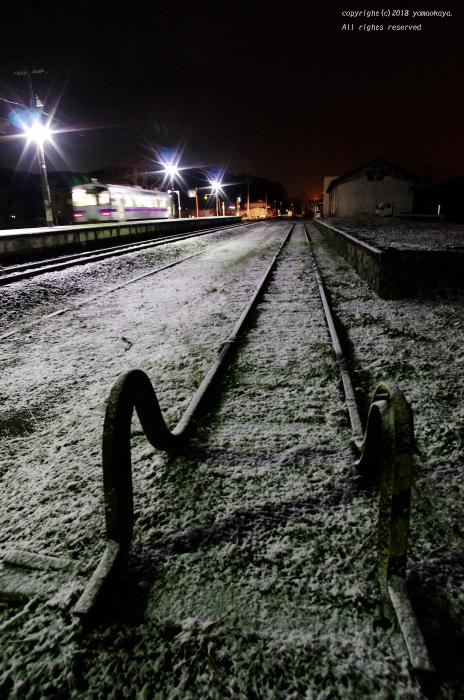 降ってきた雪が止んで_d0309612_21180970.jpg