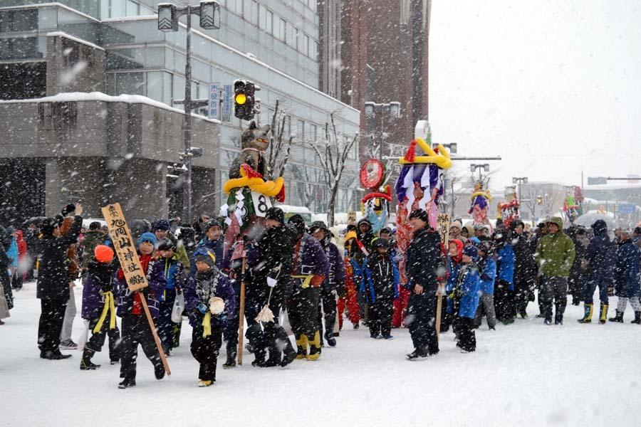 横手の雪まつり「梵天奉納」_d0353789_10582043.jpg
