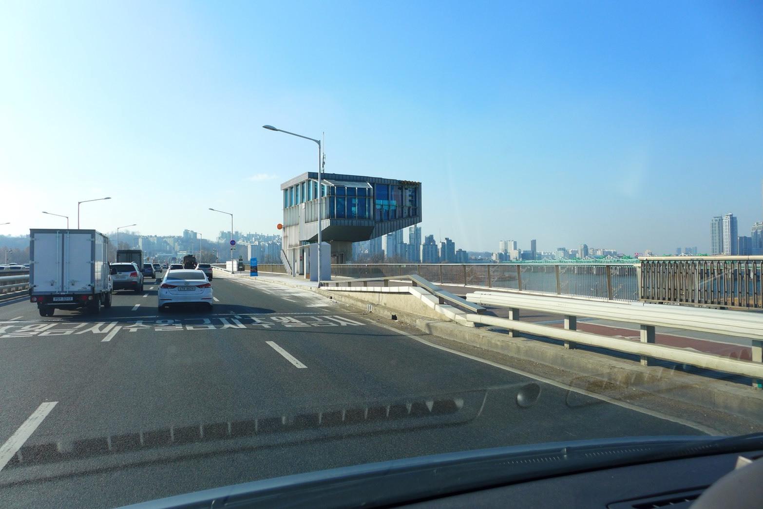 トゥー・カップス巡り⑯ 漢江大橋_f0378683_22300140.jpg