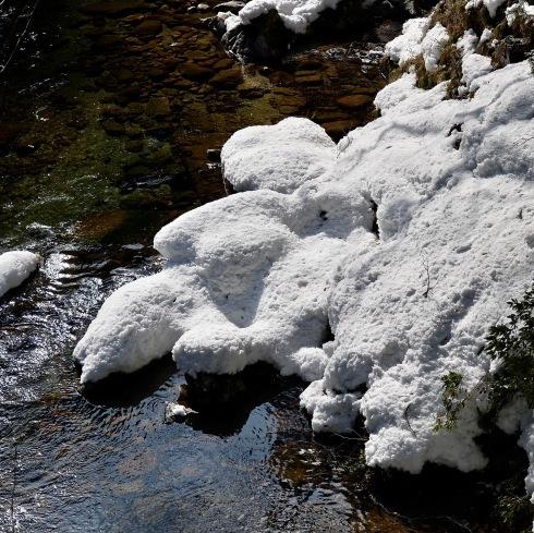 春を待つ三段峡_f0099102_14110964.jpg