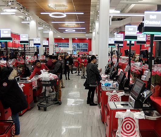 Targetが作った新しいスモール・フォーマットの34丁目店で考える『小型店舗が重視される理由』_b0007805_057252.jpg