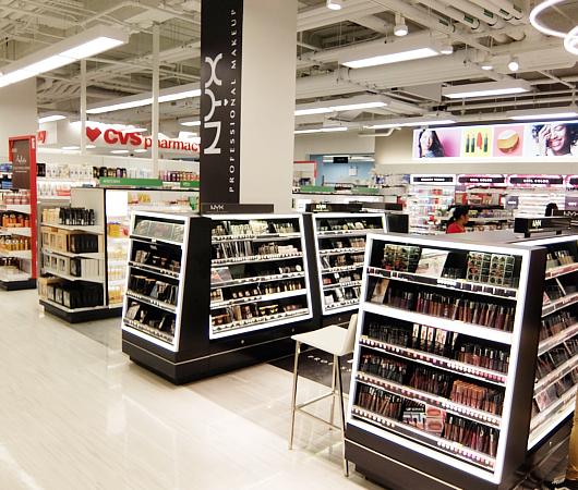 Targetが作った新しいスモール・フォーマットの34丁目店で考える『小型店舗が重視される理由』_b0007805_0594944.jpg