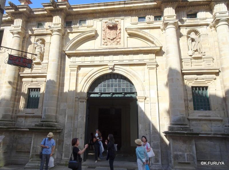 サンティアゴ・デ・コンポステーラ まだ続いてます…(-_-;)_a0092659_15050307.jpg