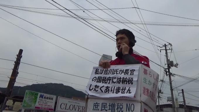 カープのプレイボールを家や球場で見られる日本&緊張感あり、暮らし・福祉を守る広島市政に_e0094315_13594589.jpg