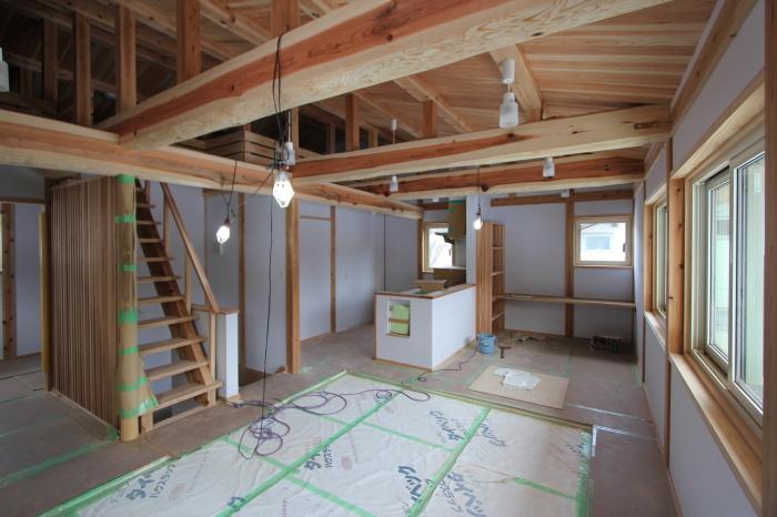 二村建築初の試み「規格住宅」4間×4間の新モデルハウス。_c0170940_17230357.jpg