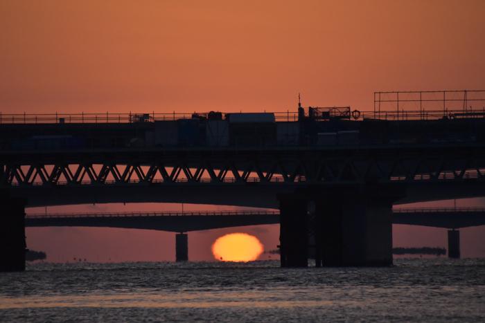 水平線から日の出だよ! そして、春 (*^_^*)_c0049299_22380353.jpg
