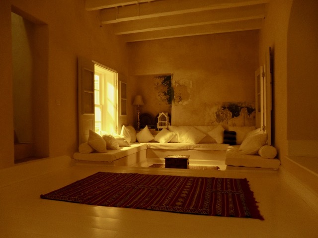 プライベートステージのある家・・・令嬢さっちゃんの新しい家ができました_f0152733_11042542.jpeg
