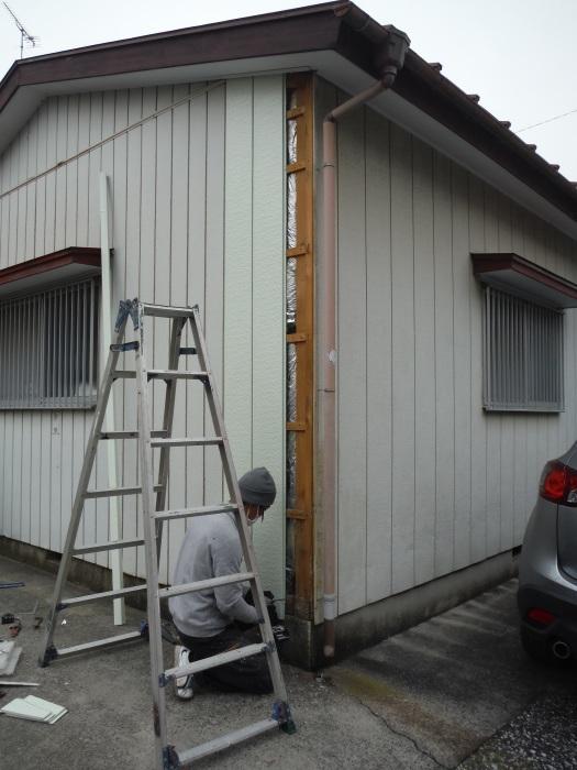 小工事 ~外壁補修 。_d0165368_07062161.jpg