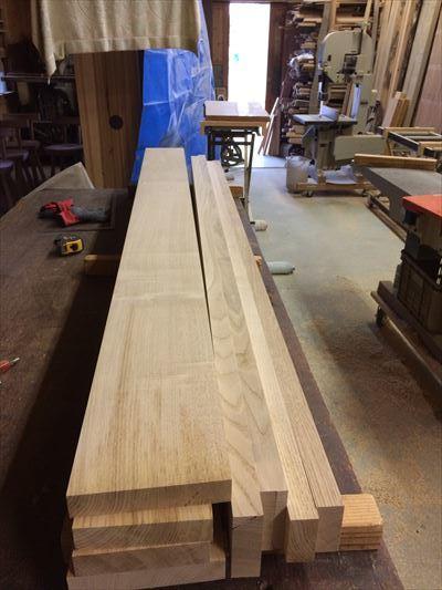クリの木柾目のテーブル完成目指します。_d0165772_21512211.jpg