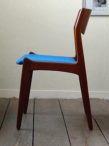 chair_c0139773_01490464.jpg