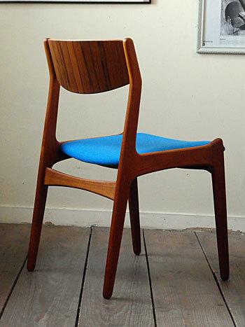 chair_c0139773_01491559.jpg