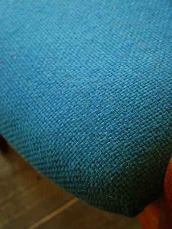 chair_c0139773_01592735.jpg
