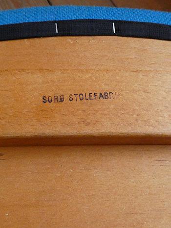 chair_c0139773_01594719.jpg