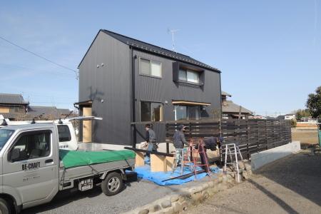 「萩島の家」ウッドフェンス_b0179213_18450551.jpg