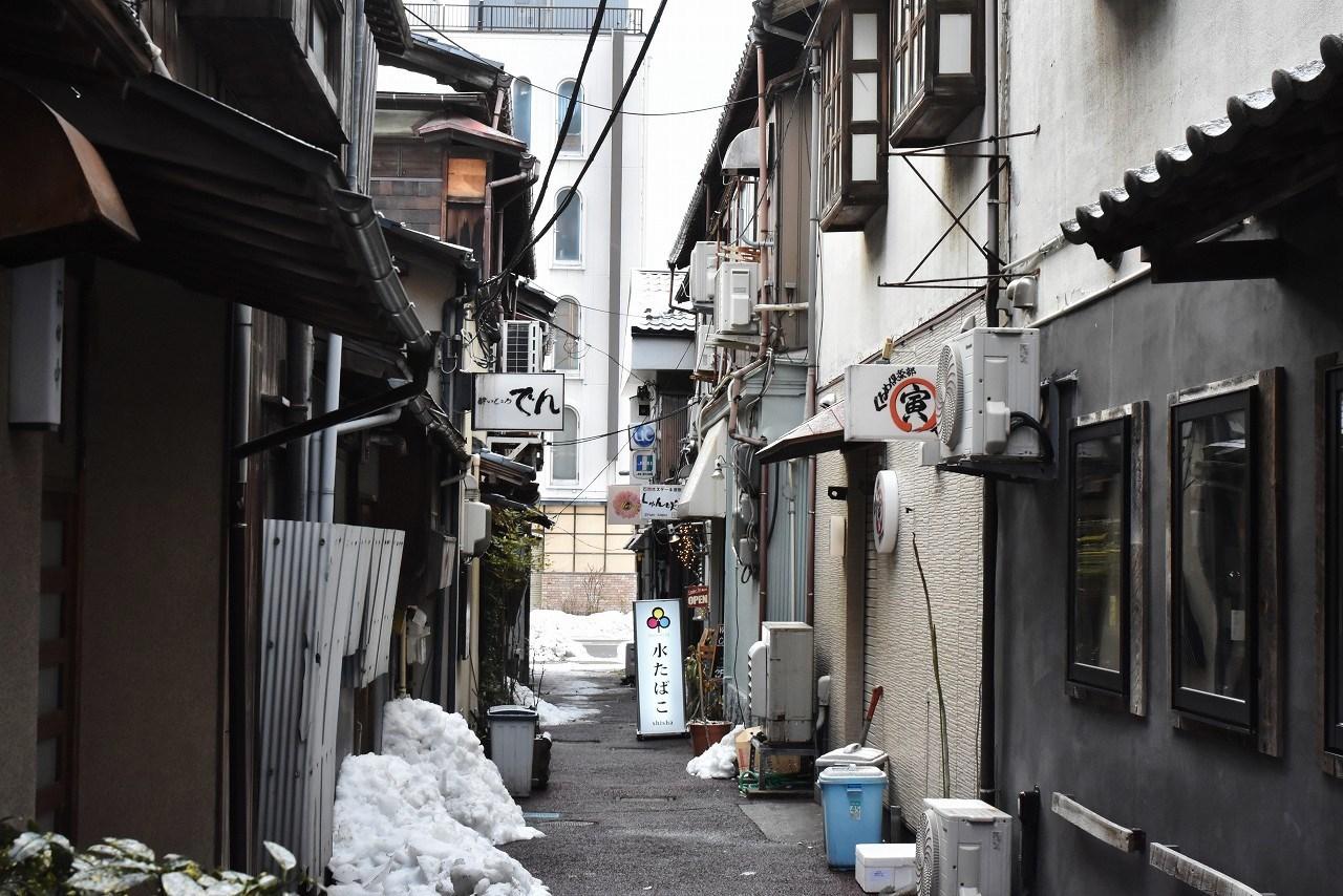 新潟 古町散歩_d0065116_22331907.jpg