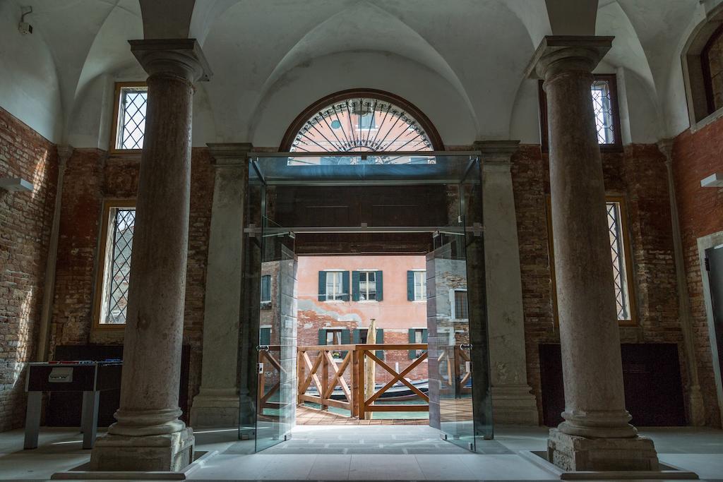 ヴェネチアのホテル_b0305039_22022344.jpg