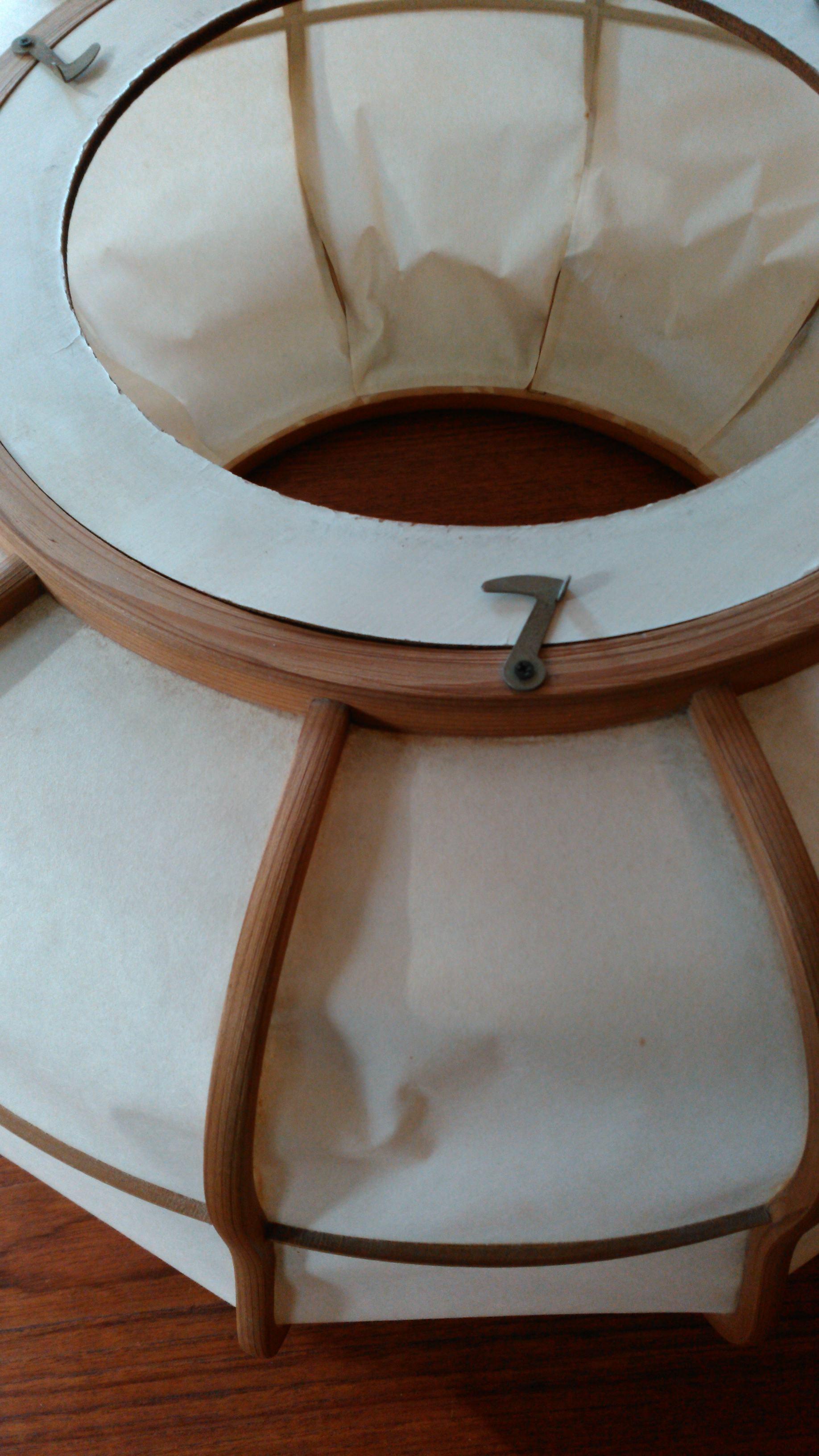 和紙の笠を張替える_c0157866_21303088.jpg